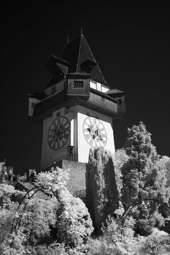 Uhrturm with 720nm IR filter