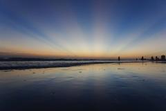 Antecrepuscular rays
